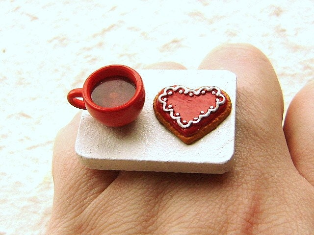 Heart Shaped Cookie And Tea Ring