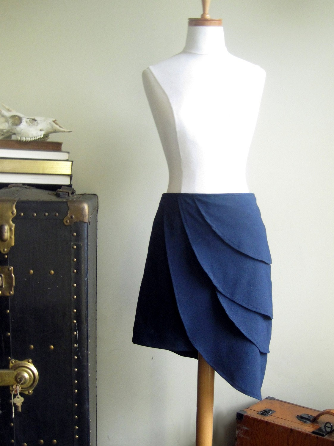 Dire situations skirted - Blue origami petal skirt, Large