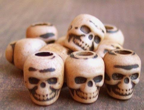 Skull Beads (50) CHAI Tan Plastic Goth Psychobilly Halloween Pirate Day of the Dead Lolita ZNE ESST