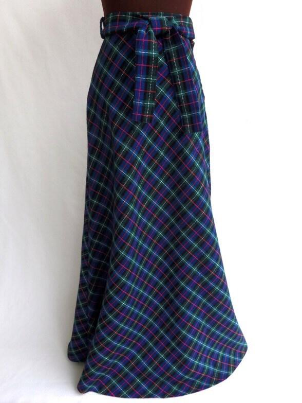 vintage 70s maxi skirt plaid wool black blue by