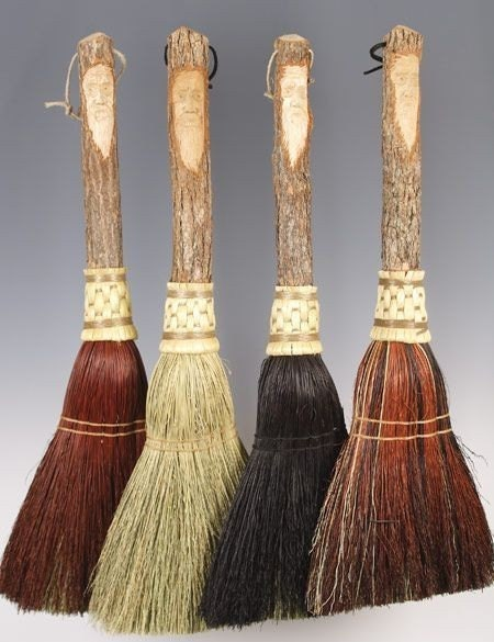 NATURAL COLORED CARVED HEARTH BROOM