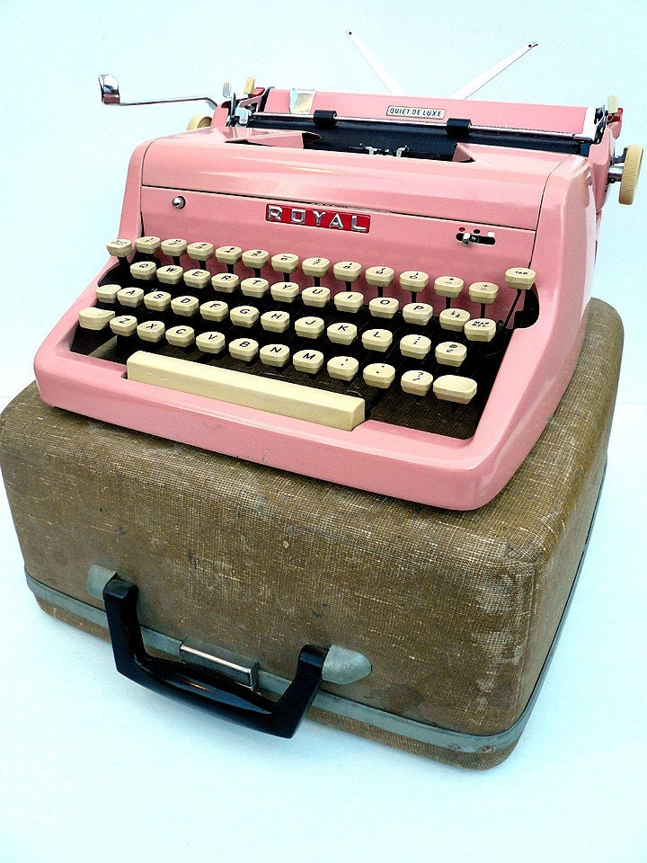 PINK 1950s Fully Restored Royal Typewriter