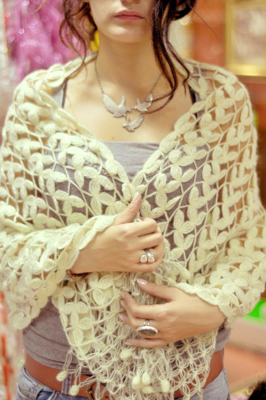 رنگ کتان شسته نشده گل قلاب دوزی شال / شال لباس عروس
