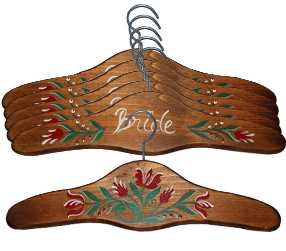 Set of 5 Wedding Hanger Birdal Party Gift Name Hanger Romantic Script Personalized Brown Hand Painted Wood Hanger Bride