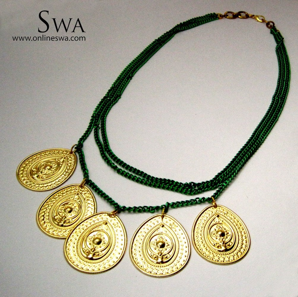 Green chains and Gold Drop pendants necklace