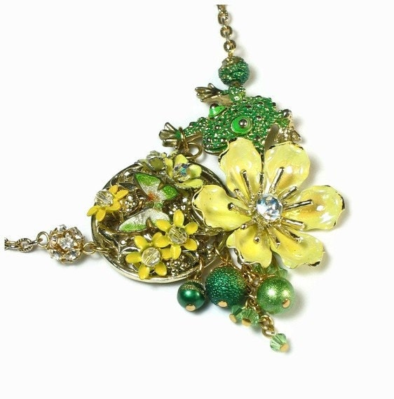Handmade Necklace - Butterfly Flower Frog
