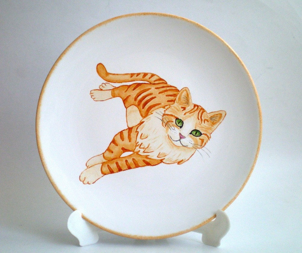 Yellow Tabby Cat, Decoration Plate - Hand painted, Gift Under 50 , gift for petlover