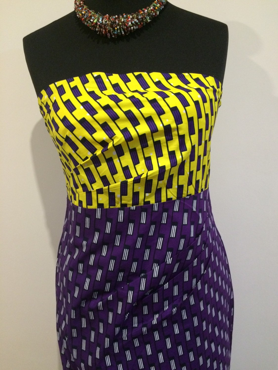 African dress 100 cotton made to order in a wide range of fabrics. Size 8 to 20 uk eur size 34 to 46.