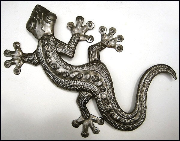 Gecko metal wall decor haitian upcycled steel by haitimetalart for Gecko wall art