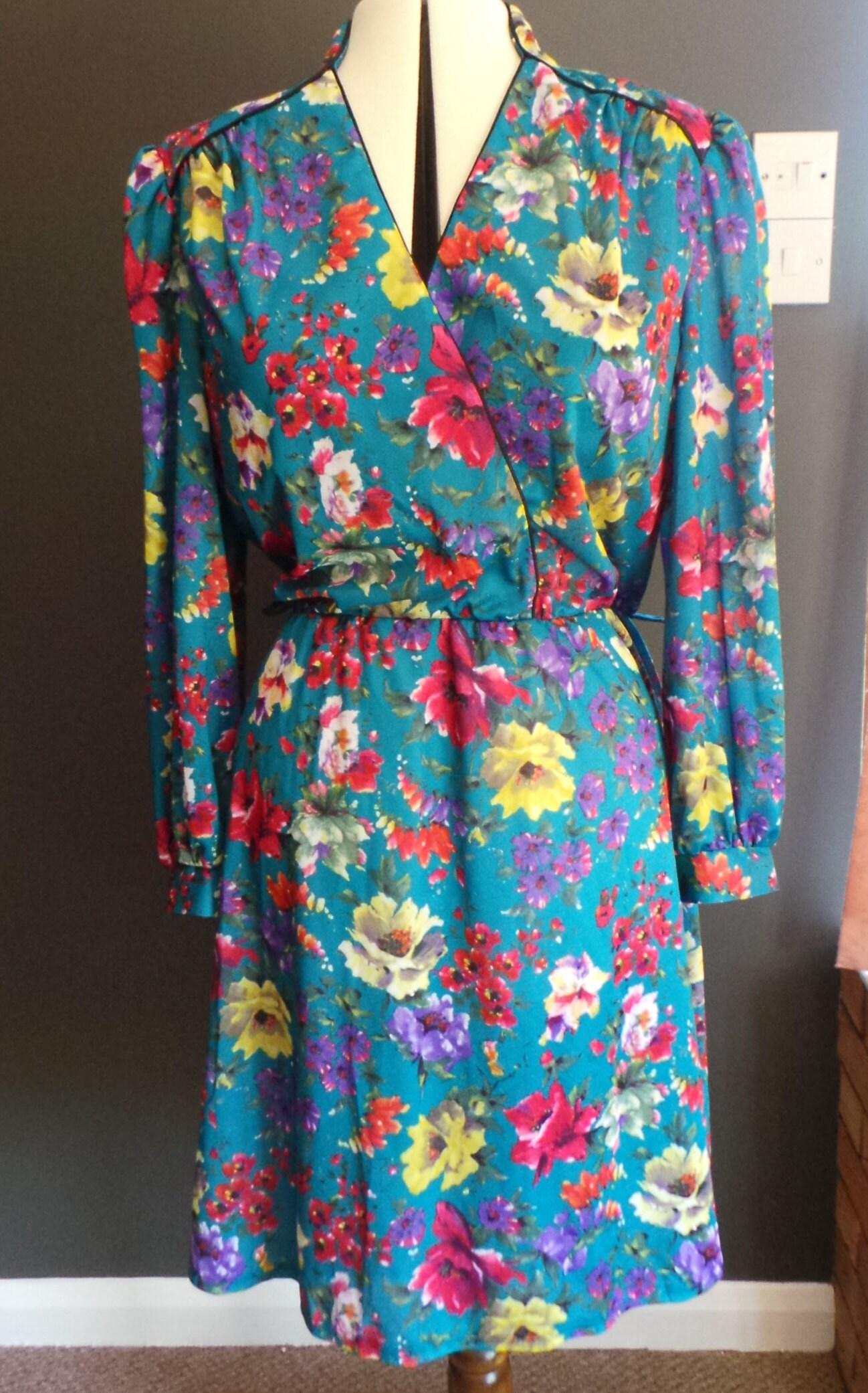 Vintage turquoise floral dress  v neck wiggle dress