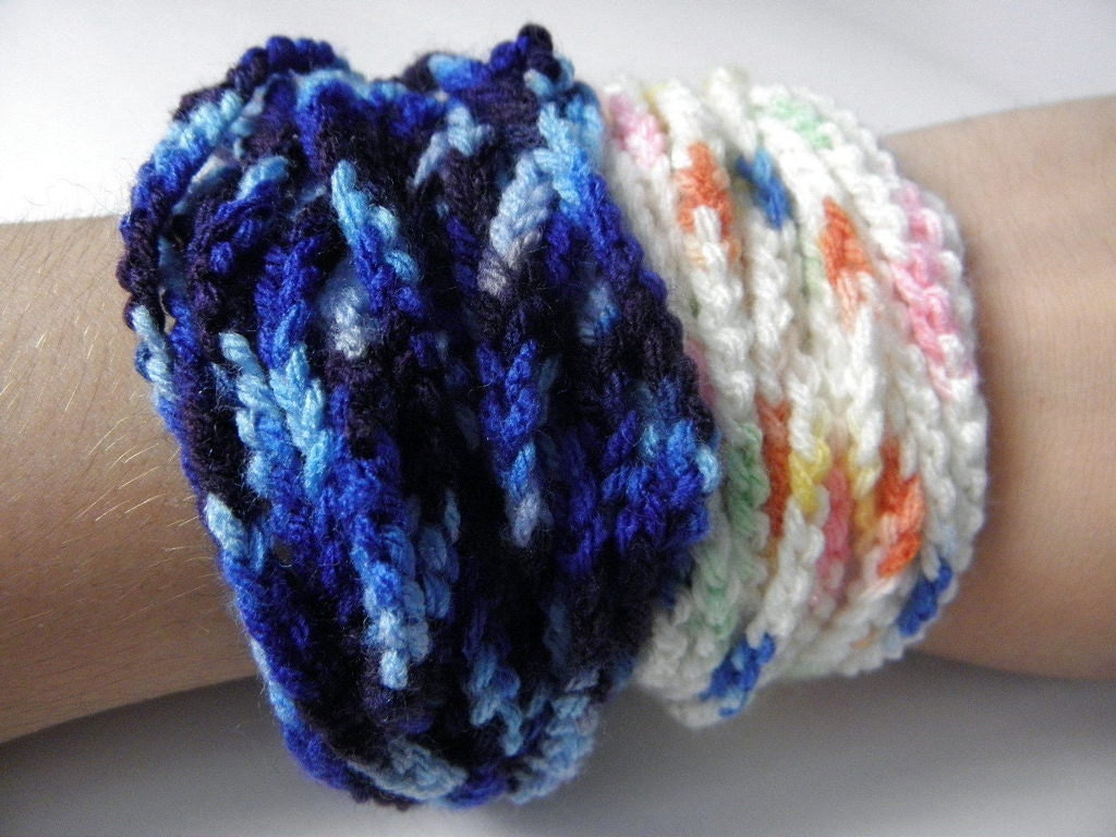 Crocheted wire bracelet fluffy multicolour gradient