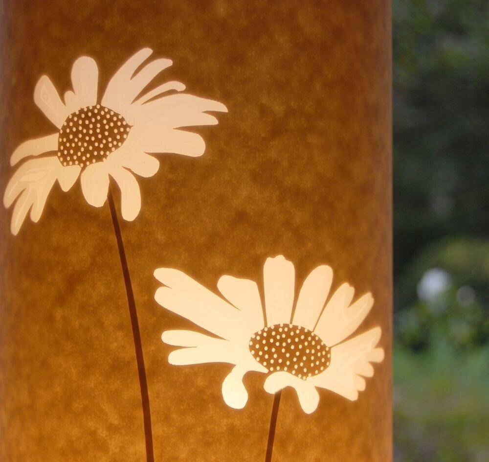 Daisy Table Lamp by Hannahnunn on Etsy from etsy.com