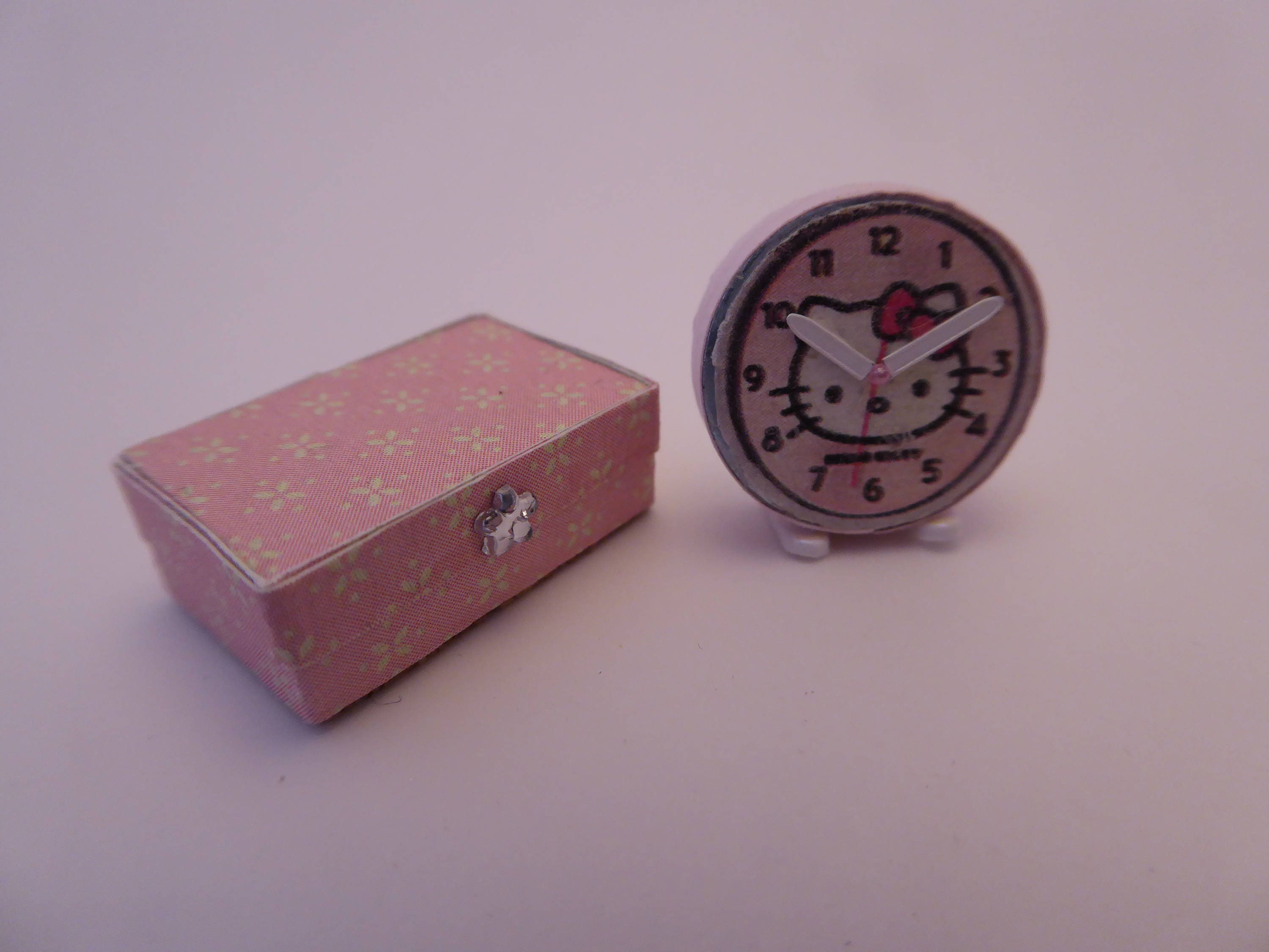Beautiful handmade box and Hello Kitty clock for the modern 112th scale dolls house  pink  pretty