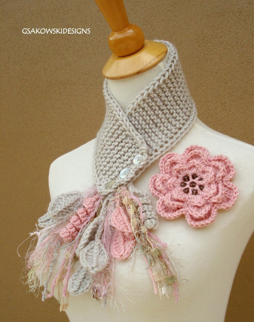 Blush Flower Scarflette