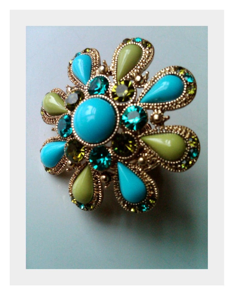 Turquoise Flower Ring w/Crystals-Cocktail Style Stretch Ring