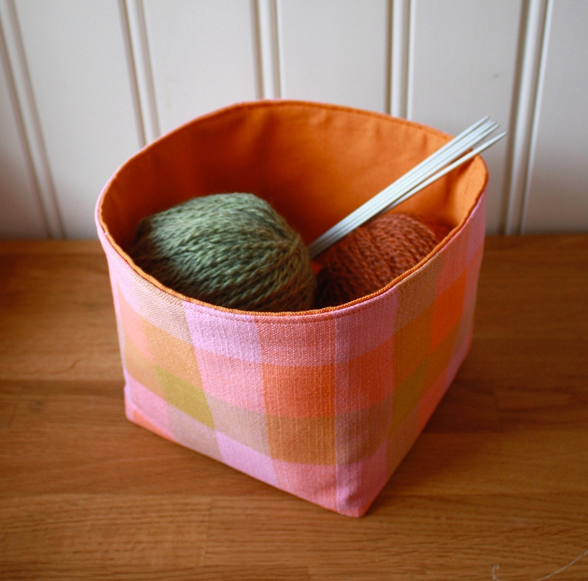 plaid it again -storage bin, small pink-orange
