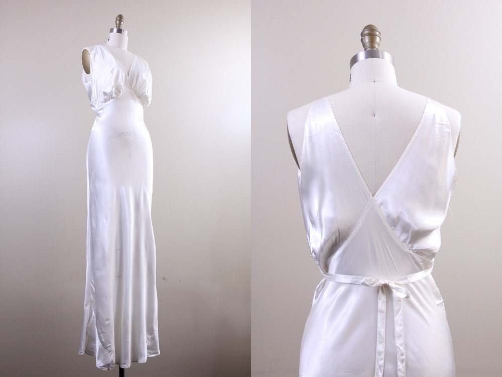 1930s Wedding Dress Or Nightgown?