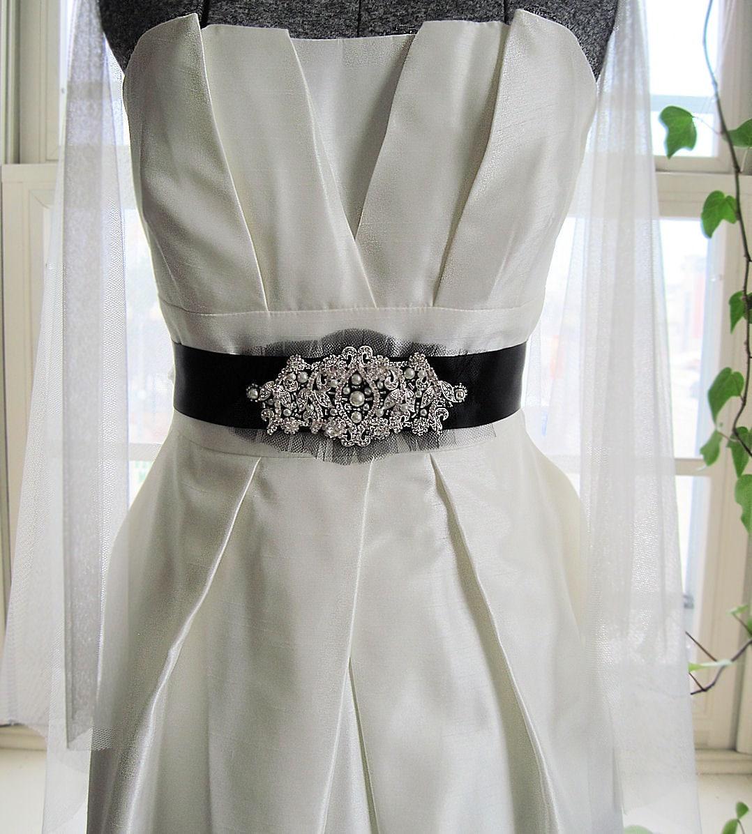 Rhinestone and Pearls bridal sash in black