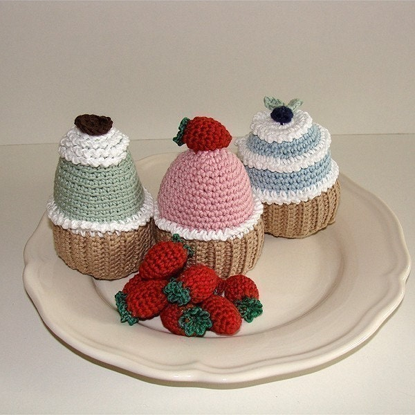 PDF Crochet Pattern - Cupcakes. ( Availble in English and Swedish)