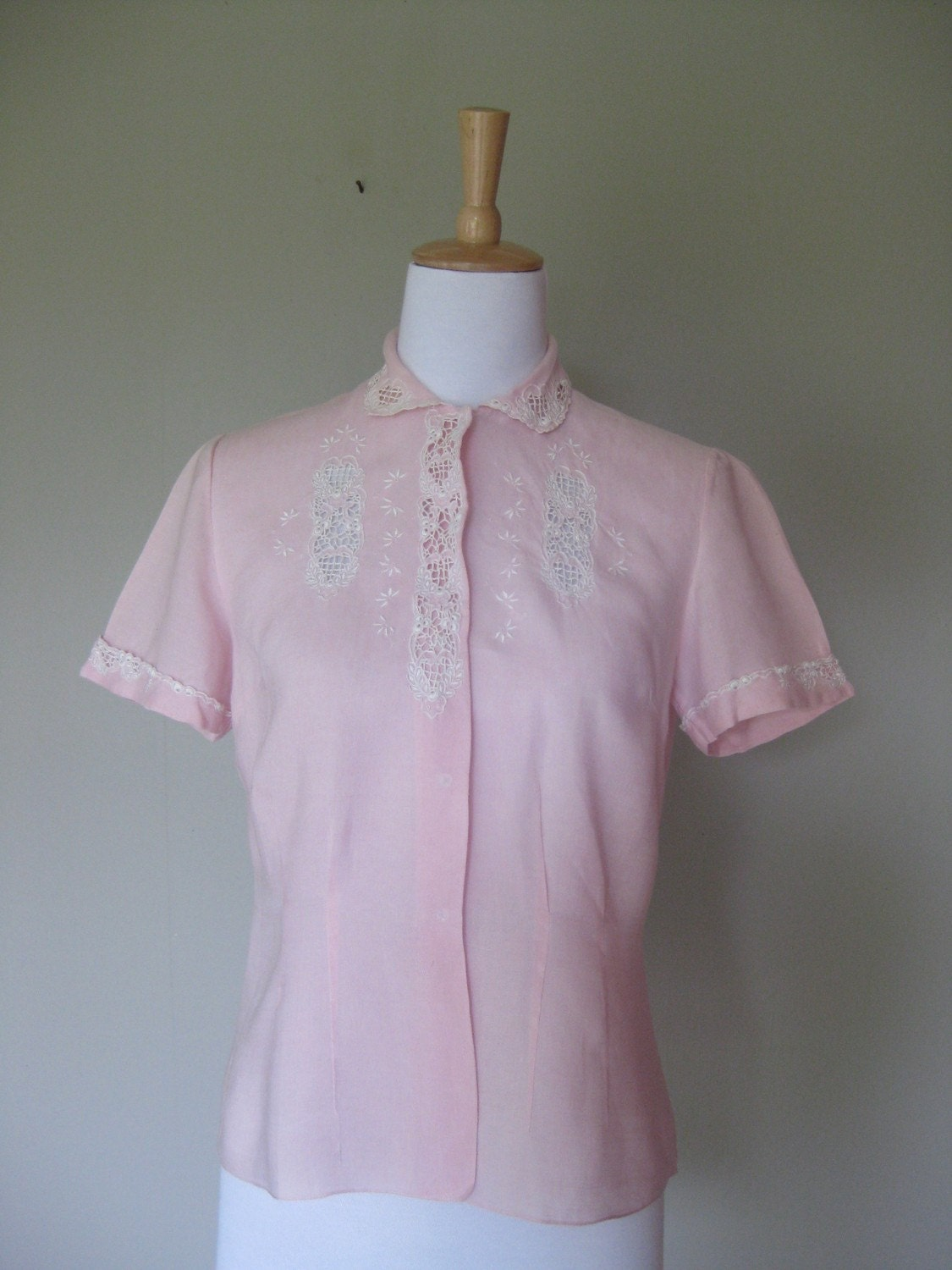 Vintage 1950's Embroidered Blouse