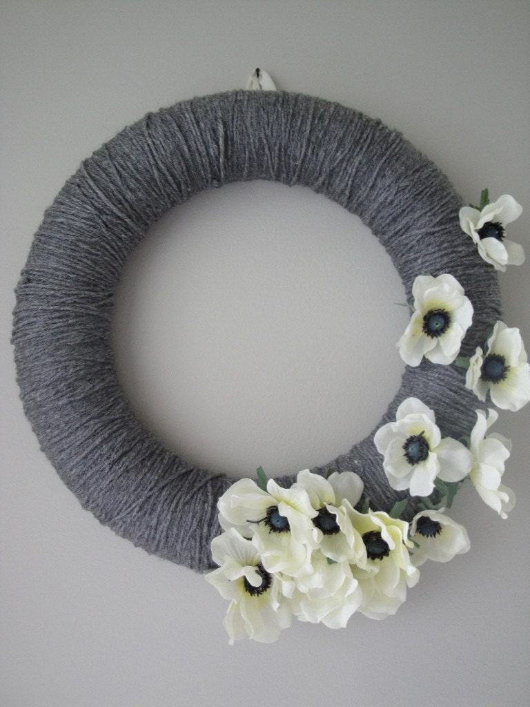 Sweeping Blooms Yarn Wreath