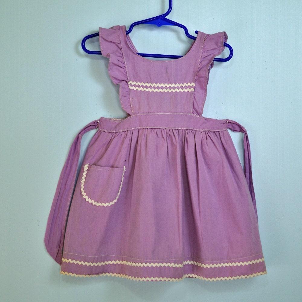 40s little GIRLS PINAFORE dress w/ ruffle by rockstreetvintage