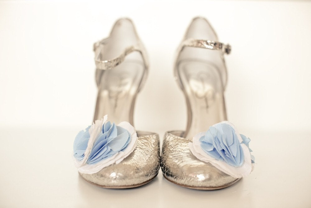 Friday Finds: Gorgeous Shoe Clips! via TheELD.com