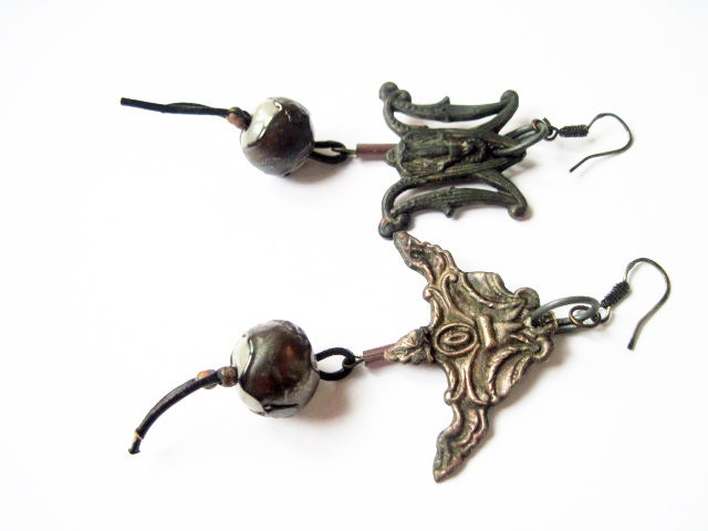 The Orphaned Mind. Grey Asymmetrical Found Object Dangles with Lampwork.