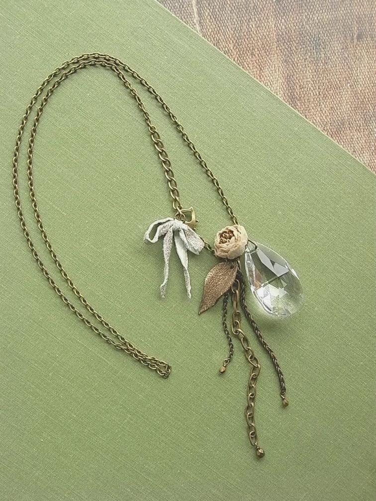 Shizuku ожерелье - из слоновой кости
