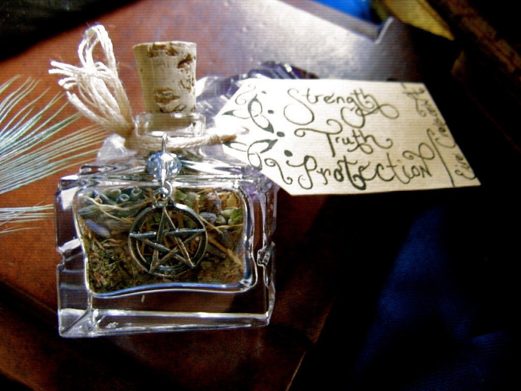 Rustic Celtic Hedgewitch- Spell/Altar Kit  )O(