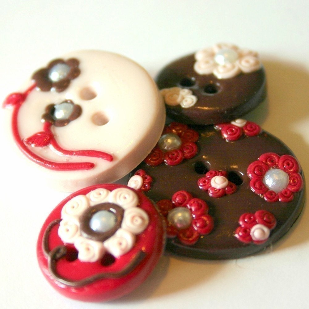 Provincial Garden (handmade button set of 4)