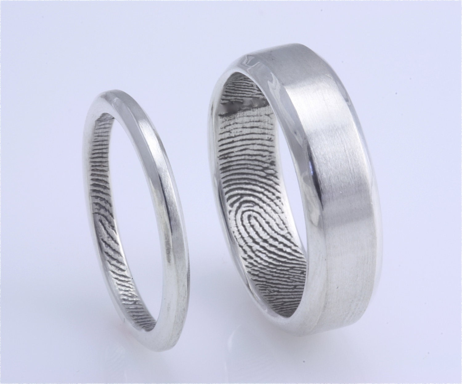 and heres mine - Different Wedding Rings