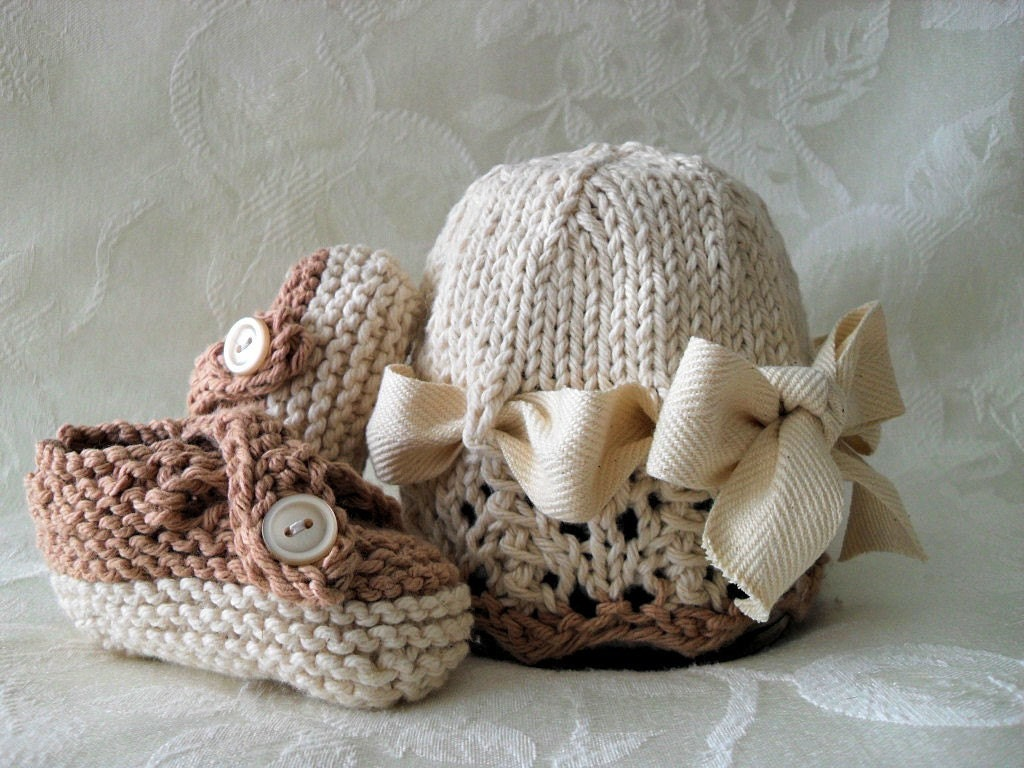 COTTON HAND KNITTED Ivory Cloche with Lace Brim, Ivory Trim, and Matching Cross-strapped Booties