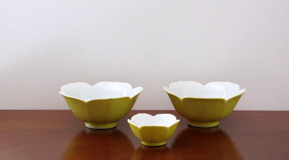 Vintage Japanese Lotus Bowls, yellow