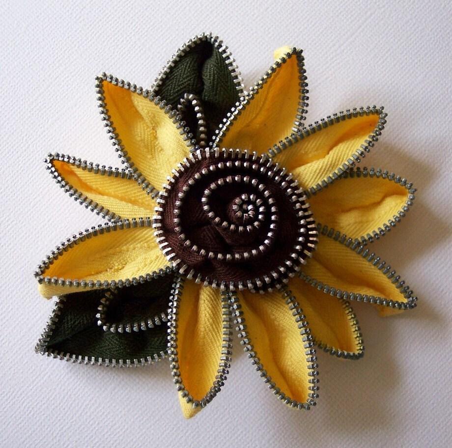 Yellow and maroon sunflower zip brooch, via Etsy: ZipPinning
