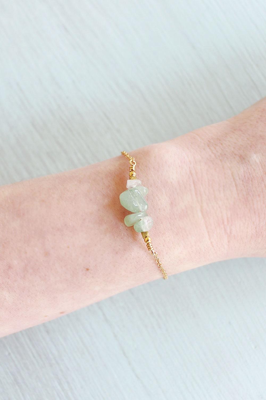 Aventurine chip bead bar bracelet  Light green chip bead aventurine bracelet  Green aventurine bracelet  Aventurine gemstone bracelet