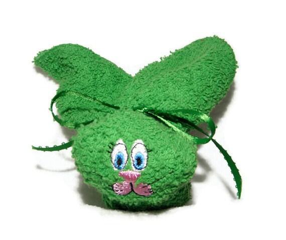 Washcloth Bunnies: Washcloth Embroidery Boo-boo Bunny Ice Pack GREEN By