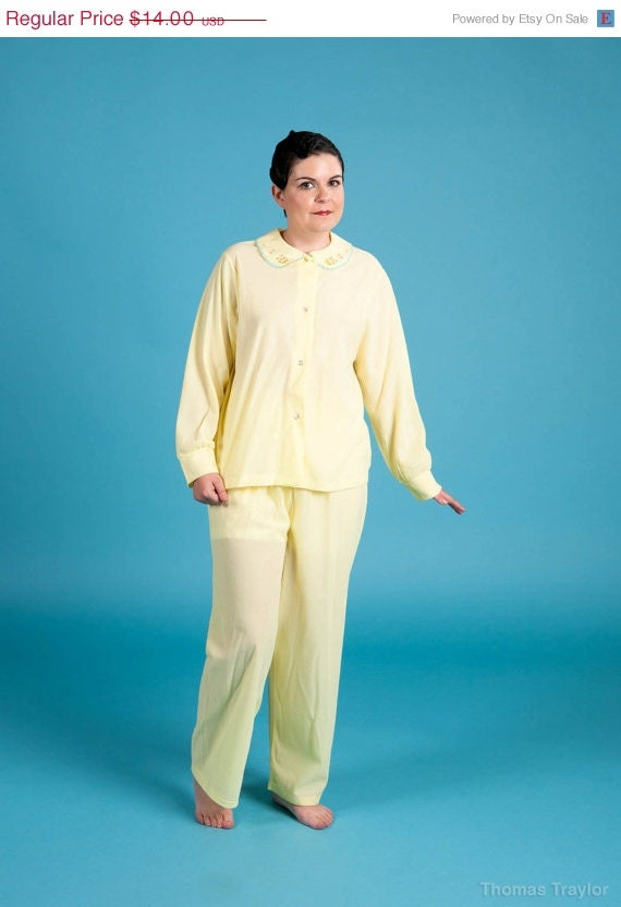 Vintage 70s Yellow Flannel Pajama Set - New Old Stock - ThedaBaraVintage