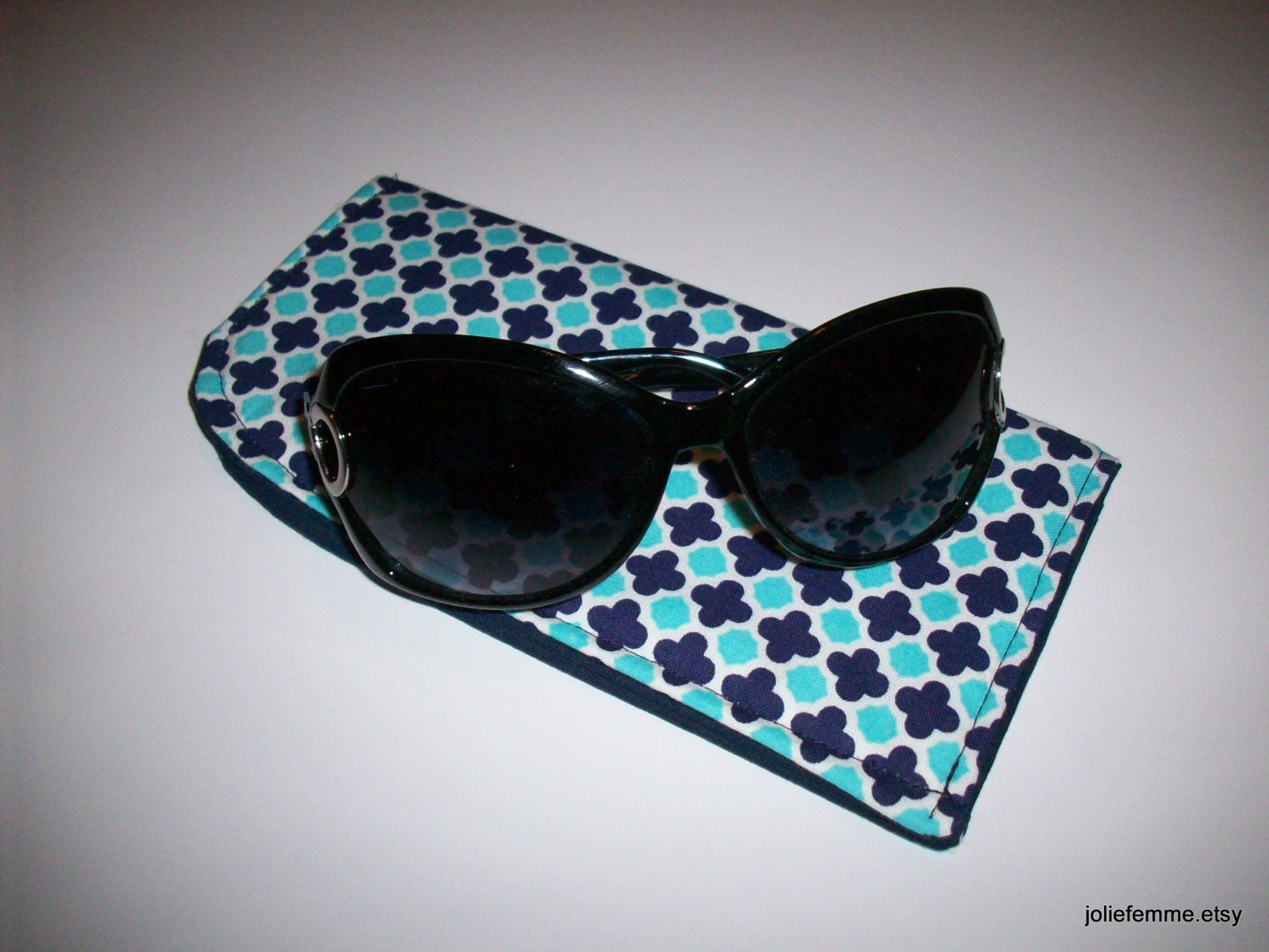 Cobalt Blue Morrocan Tiles Eyeglass or Sunglass Case Protective Padded Pouch Choose your Size - joliefemme