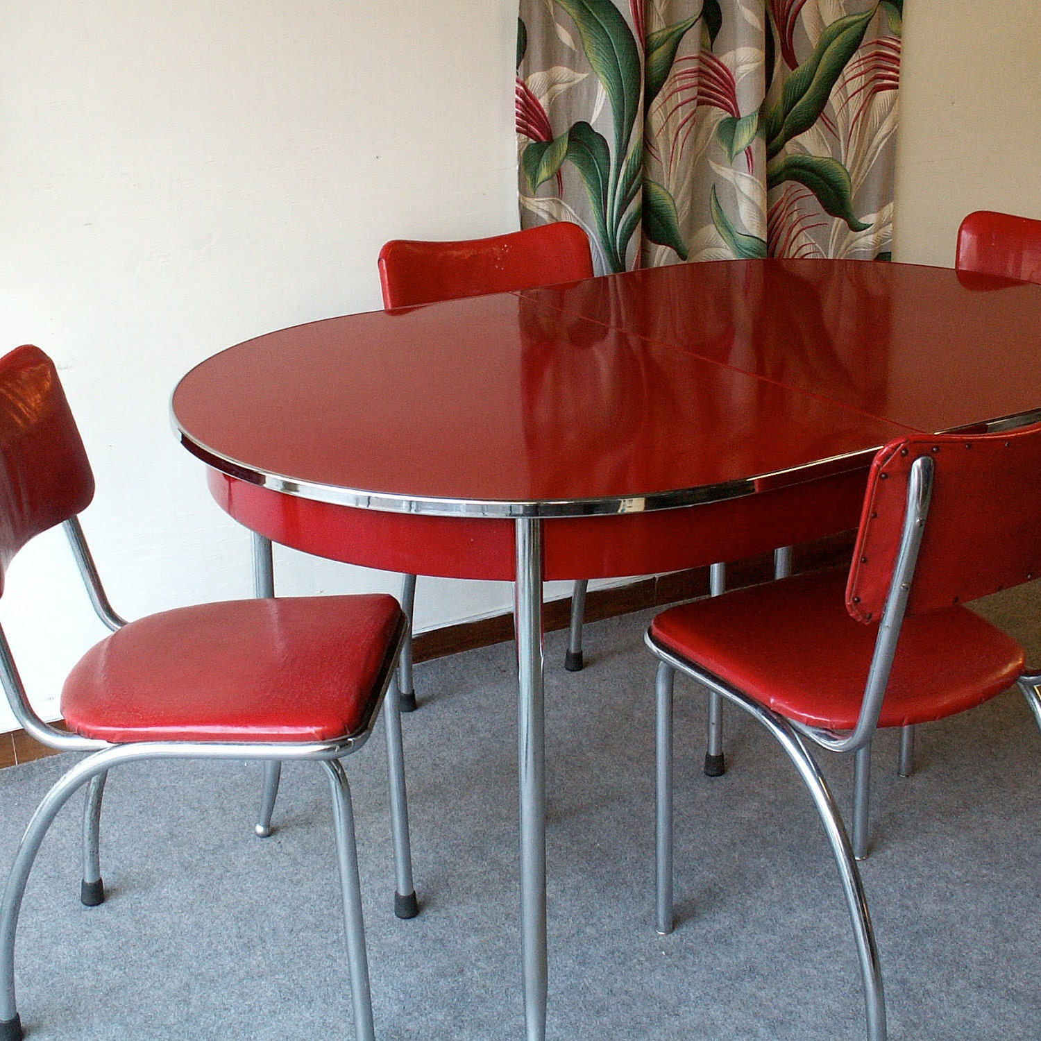 Unavailable listing on etsy for Retro kitchen table and chairs