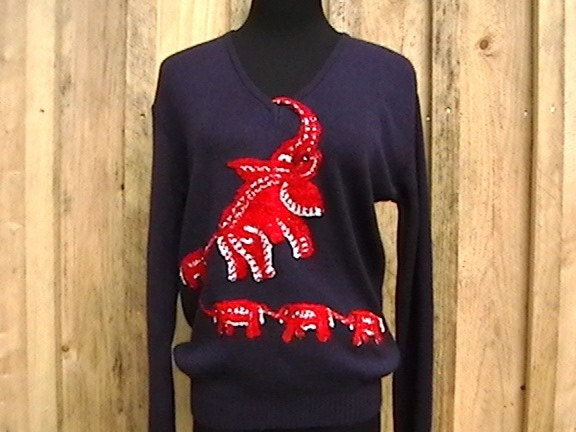 Vintage 70s Kitsch V Neck Navy Blue Sweater with Elephant Embroidered Family M L