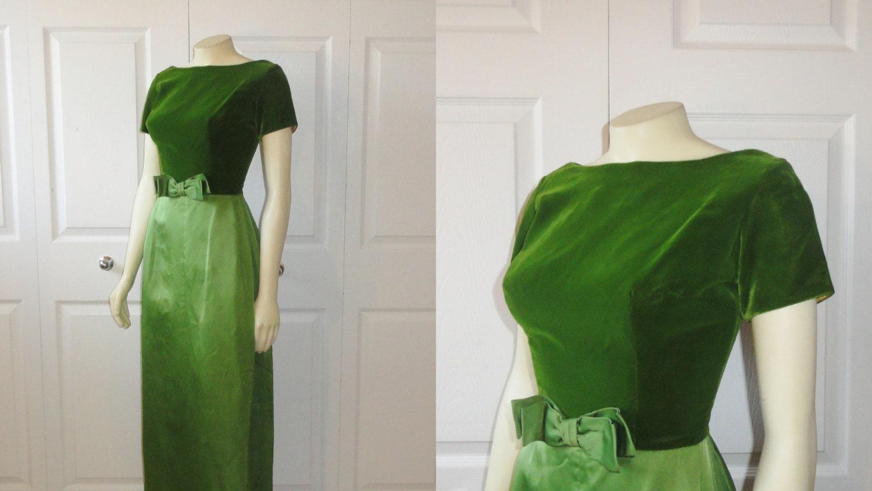 Vintage Formal Dress 50s 60s Mad Men Era Grass Green Velvet A Line Metal Zipper Modern Extra Small to Small