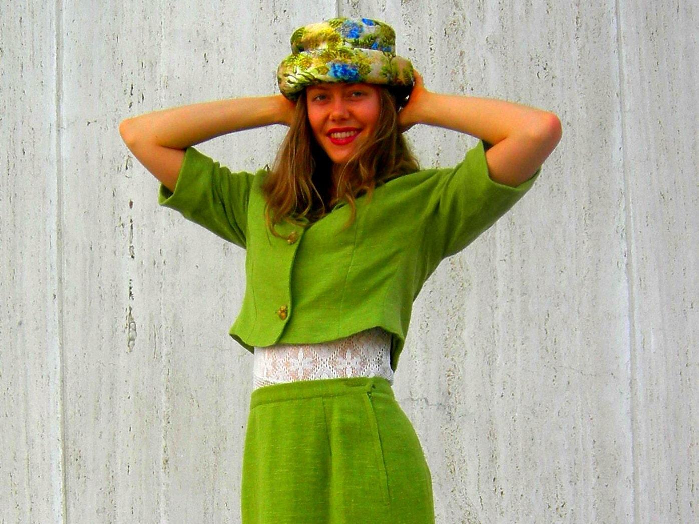 Vintage 1960s green dress suit jackie o'nassis mod - SassySenoritaVintage