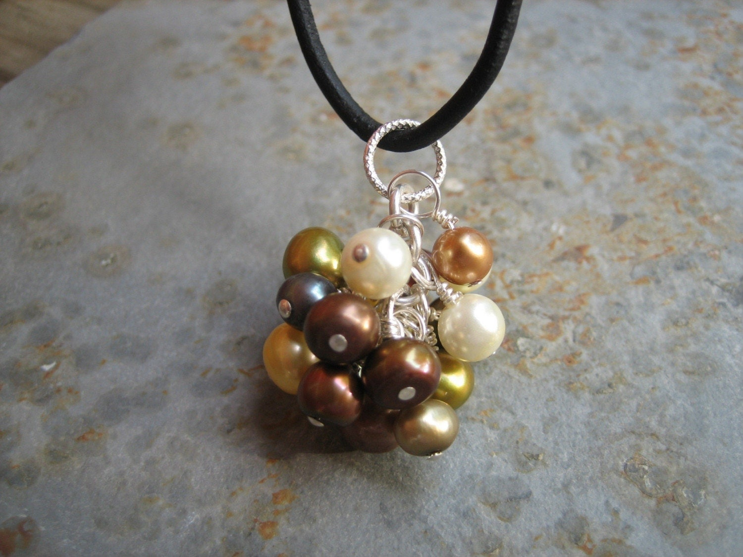 Pearl cluster Necklace on leather