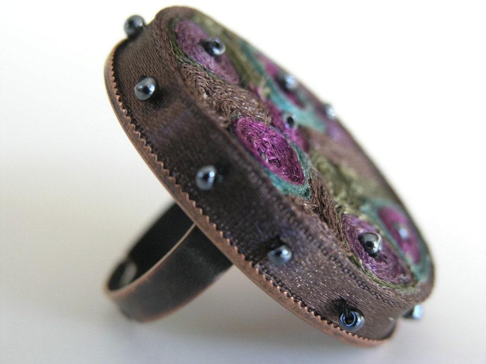 Оригинальное кольцо текстильной