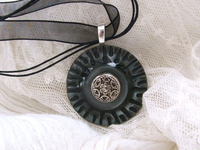 Vintage Button Necklace - Misty Day