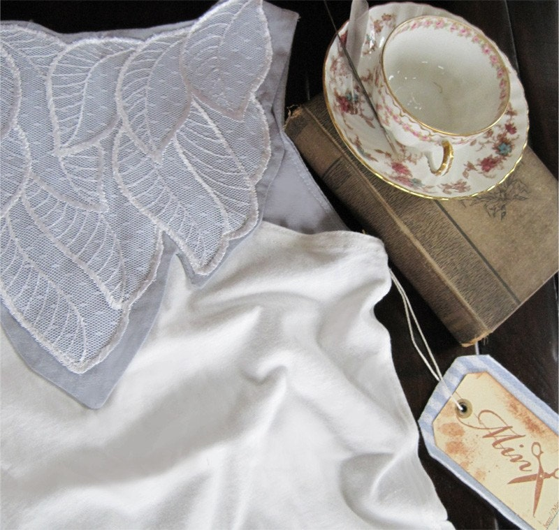 An idle afternoon - white grey shirt, pleats, leaf applique, Small