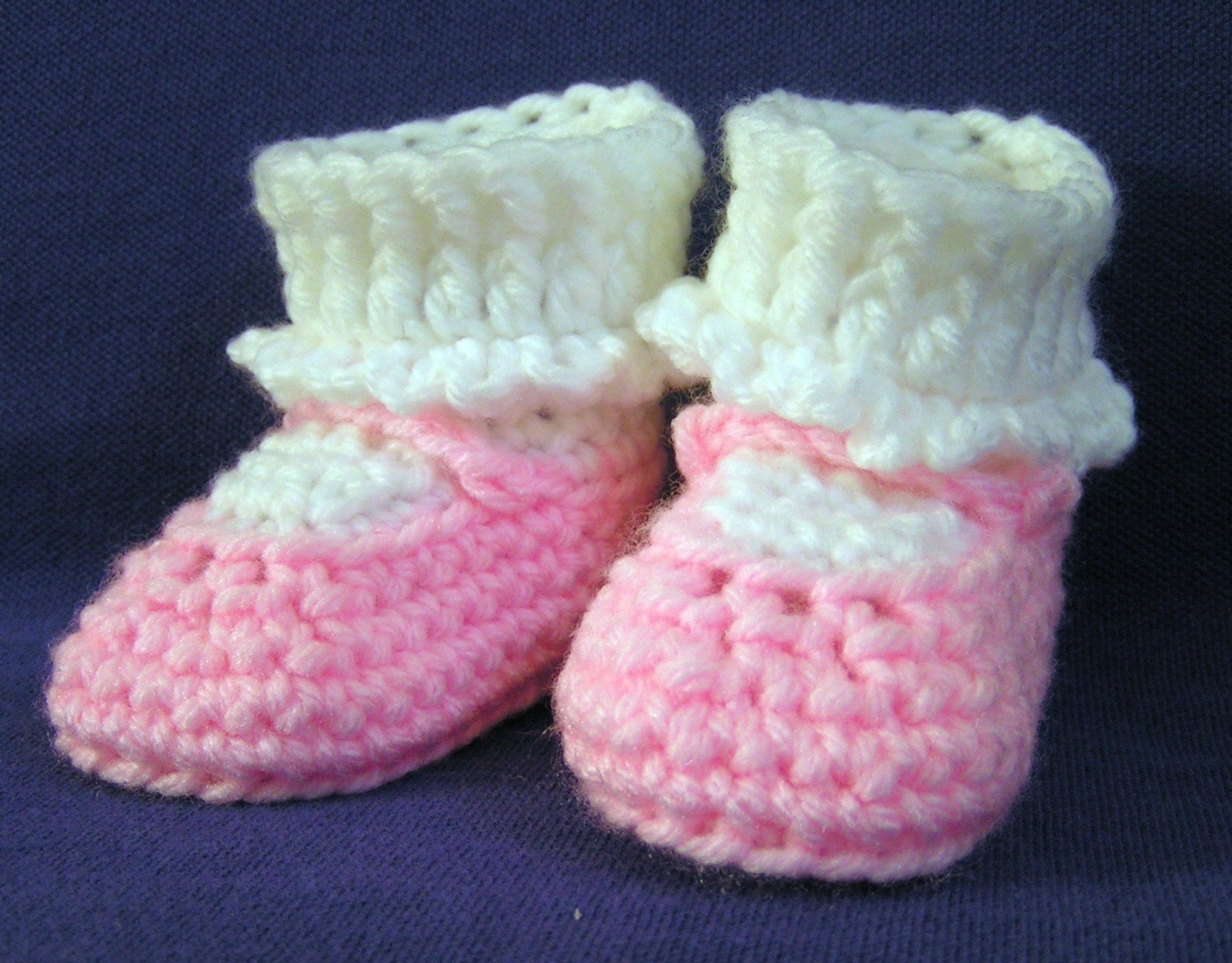 Light Pink Mary Jane Baby Booties Size 6-9 months