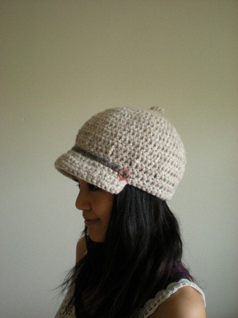 Bobby - Pure wool brim beret with coral pink motif
