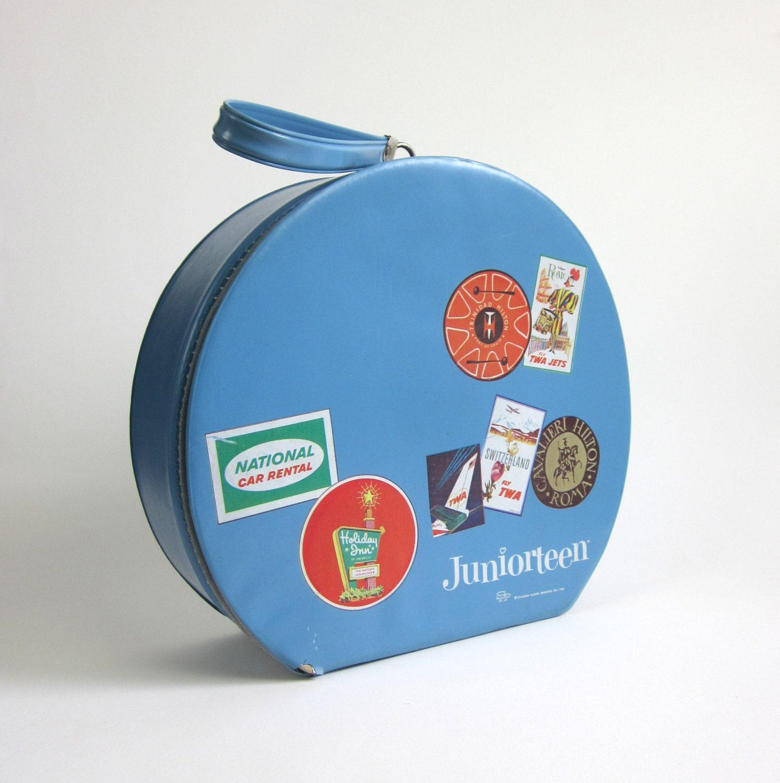 Blue Juniorteen Round Travel Case 1964 - OopseeDaisies